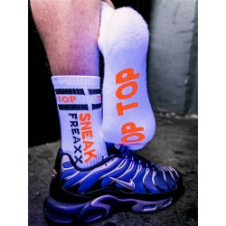 Sneak Freaxx Top Neon Socks White One Size calze sportive bianche con scritta 'Top' in neon